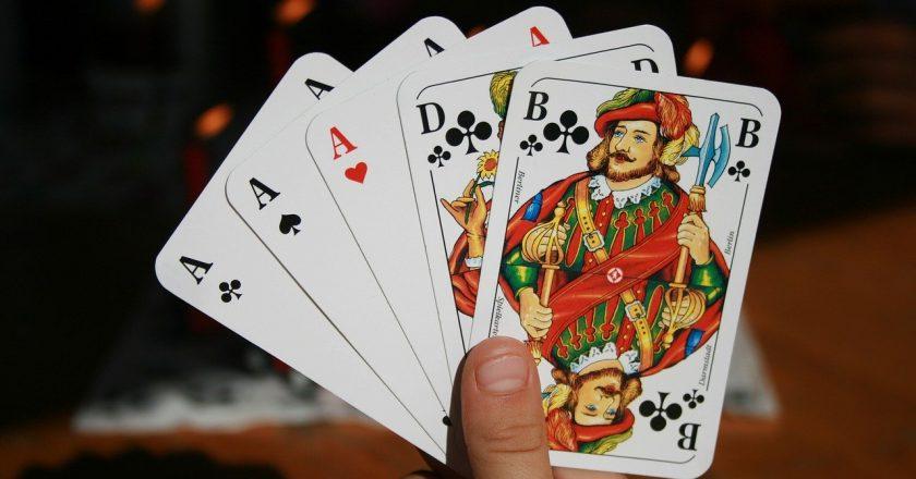 Jaki jest najgorszy układ w pokerze?